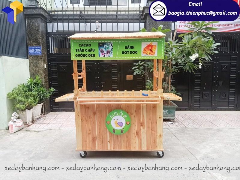 xe gỗ bán thức ăn đẹp
